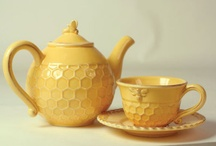 Bee Dishes / All those adorable dishes with bees and hives and honey!