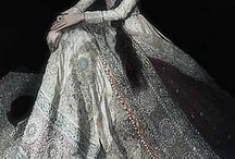 India Fashion Forward / See the incredible fashion explosion happening in India right now! / by EasyIndian