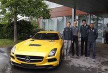 Lewis Hamilton & Nico Rosberg visit Sindelfingen / Nico Rosberg and Lewis Hamilton called at the Mercedes-Benz plant in Sindelfingen yesterday, accompanied by Toto Wolff, Head of Mercedes-Benz Motorsport, to touch base with their colleagues at Mercedes-Benz in the run-up to the German Grand Prix; the home race of the Silver Arrows team takes place this weekend at the Nürburgring.