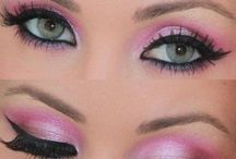 Inspired by #KISSLashes / Glittery and glamalicious looks inspired by #KISSLashes.