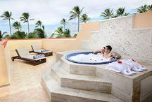 Honeymoon Suites with Outdoor Jacuzzi