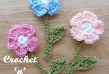 Knitted and crocheted flowers