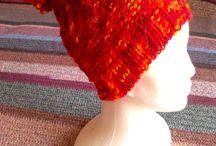 vlastné výrobky - pletenie a háčkovanie , šitie