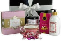 "For her / Select a luxury feminine gift from our ""For Her"" collections. We have beautiful gifts suitable for Mum, Grandma, Wife, Partner, Girlfriend, Sister, Friend or Female work colleague.  Our pamper packs contain Australian made products from ECOYA and Urban Rituelle. They include candles, fragrant reed diffusers, hand and body wash, moisturisers and cream.  Others hampers include: gourmet foods, tea, coffee, chocolates, champagne, red and white wine."