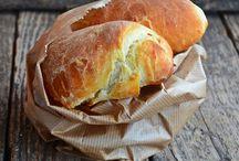 Pane con ricotta / Bread