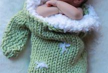 knitting / by Nadine Duffy