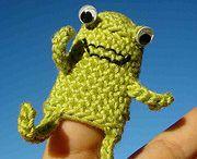 Knitting Puppets
