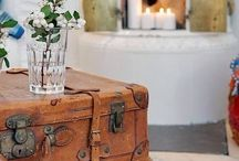 Suitcase decor / by Kika Junqueira