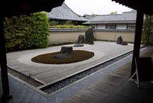 B : 寺院建築