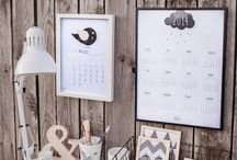 Kalendarze ścienne / Kalendarze do przyklejenia na ścianie lub do zawieszenia w ramce