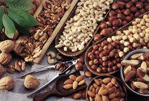 Ristorante San Giorgio / Troverete piatti di pesce,legati al territorio e di terra. Aperto 7 su 7  La carta vini conta o,tre 600 etichette