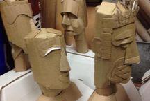 szobrok kartonból