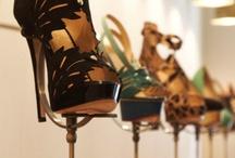 visual display shoes