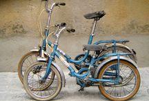 Bicicletas de la niñez / Si estuviste en E.G.B seguro que en tu niñerz tuviste una de estas bicis que dejaron en tí los mejores recuerdos de ese ´verano azul`.
