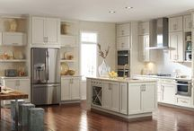 Ultimate Baking Kitchen / Create the organized kitchen of your dreams and make baking a breeze with these picks from Bakers Royale + Diamond Cabinets. #bakingkitchen  / by MasterBrand Cabinets