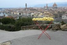 Street art project. Florence, Italy / Renate Egger and Wilhelm Roseneder. Golden expansion/Goldene Erweiterung. Street art project - temporary installation in public space. Florence, Italy