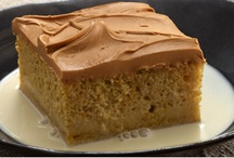 Caramel / Creamy, smooth, warm and decadent—that's the unmistakable flavor and texture of caramel!