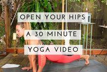 YOGA VIDEOS + YOGA SEQUENCES / Great yoga videos and yoga sequences