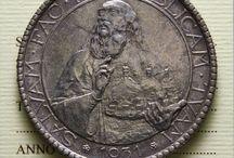 Vecchie bellissime monete sammarinesi (proprietà del collezionista Fabio Perrone)