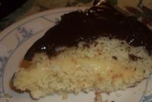 Cakes / by Maru Lezama