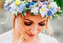 Woodland Wedding & Garden Wedding Ideas / Some of the prettiest weddings take inspiration from nature, incorporating the outdoors into everything from the bride's wedding look to the venue and cake. Whether you are planning a woodland wedding or a traditional English garden wedding, we take a look at how you can take inspiration from the outdoors to create a breathtaking wedding day.