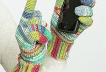 How To Crochet Mittens & Gloves / how to crochet gloves, how to crochet mittens, crochet mittens, crochet glove pattern, crochet mitten pattern, crochet mittens pattern, how to crochet gloves with fingers / by FaveCrafts