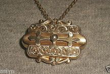VICTORIAN GOLD FILLED BROOCH AND NECKLACE WITH SEED PEARL CENTER-MINT