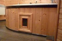 Dveře, nábytek, interiér / Dřevěný nábytek z masivu vyrobený ze smrkového nebo borového dřeva. Jedná se o zahradní i interiérové lavice, poličky, obložení, okna, dveře ...  www.podlahy-litomysl.cz