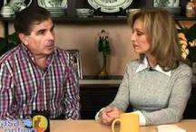 Entrevistas Famosos Videos / by En Casa Contigo