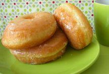 DONUTS / by Lolitoba recetasparamishijos blog