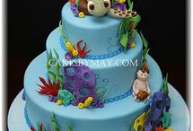 crazy cool cakes / by Brittney Closser