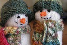 snowmen - knit/crochet