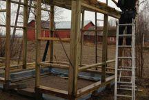 Drivhuset / Bygging av, og planting i, drivhus