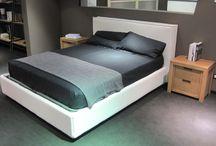 NIGHT / Devina Nais accompagna le tue notti proponendo mobili contemporanei e attuali.