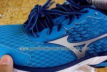 Sepatu Lari Mizuno