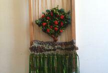 Murales decorativos / Murales tejidos con lanas y musgos naturales, enmarcados rústicamente en rauli