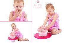 Cake Smashing Photography