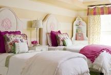 Bedrooms / by Leisje Noone