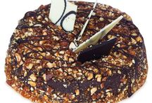 Eggless Cakes / Eggless Cakes are the best option for those who are vegetarian and don't eat eggs.