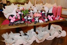 Holly Madison Baby Shower / by Le bébé Coo