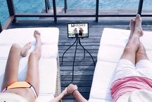 Universal iPad Stand / iPad and tablet stands to make your life easier. Help to place your tablet wherever you like: on the sofa, in bed, in the kitchen. Set up your personal yoga studio at home. Especially for people with arthritis or neck problems, a tablet holder can be of great help.