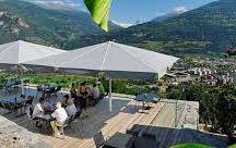 Domaines Bonvin 1858 / Visite du vignoble et des chais aux Domaines Bonvin en Valais Réservez avec winetourbooking.ch