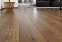 Decoración de piso color madera