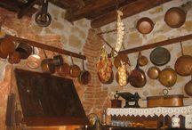 Via Romana / Una home food per pochi, intimi amici, max 8, oppure romantico nido d'amore.