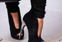roupas/sapatos femininos