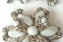 Jewellery: Miriam Haskell Style