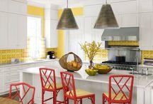 Luminária de Teto / Inspire-se com um álbum repleto de ideias de luminária de teto sobrepor, luminária de led teto, ventilador de teto com luminária e luminária de teto sobrepor led. Tudo o que você precisa saber sobre tipos de luminárias de teto. Confira! #luminariadeteto #tiposdeluminaria #decoracao #arquitetura #designdeinteriores