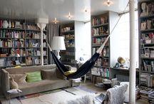 Domáce hojdanie / Hojdanie v interiéri.  V bytoch, domoch, či na chatách. Hojdanie v hojdacích sieťach a závesných kreslách.