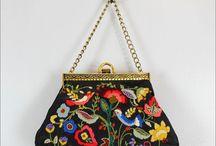 İşlemeli çanta