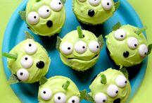 Disney Cupcakes and Cakes / Disney desserts